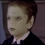 Niño 'extraterrestre' protagoniza campaña de Unicef contra acoso escolar