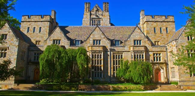 Universidad Yale