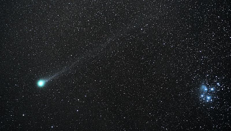 Cometa Lovejoy y Pleyades